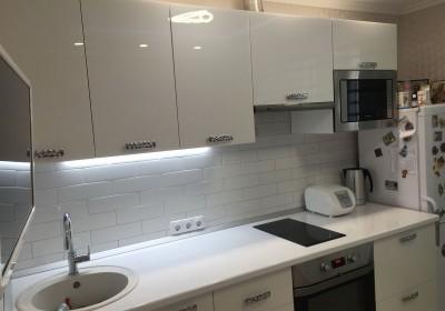 Белая глянцевая кухня - от проекта до воплощения