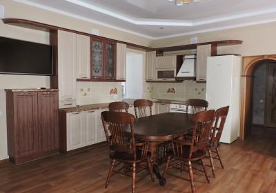 Кухня с МДФ фасадами в классическом стиле